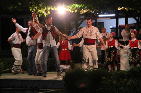 dance-sing